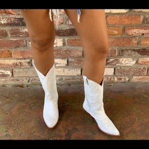 White Vintage cowboy boots.